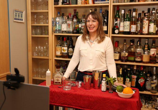 tammy coxen teaching a virtual cocktail class