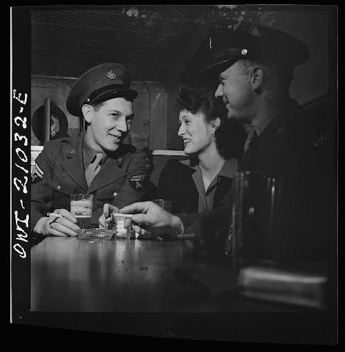 ONLINE: Wartime Drinking